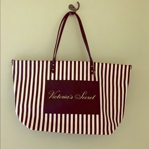 NEW WITH TAGS Victoria's Secret tote bag